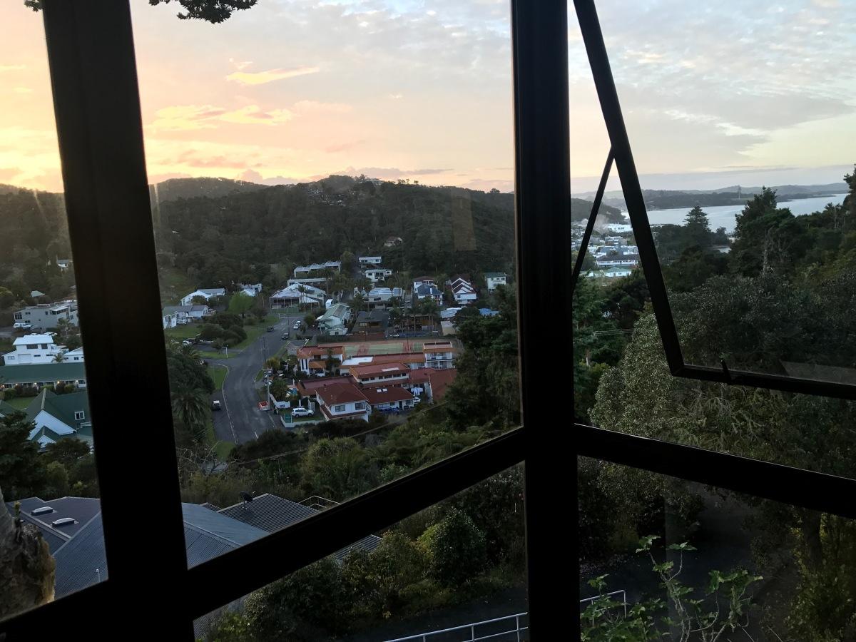 Paihia Hedge View.JPG