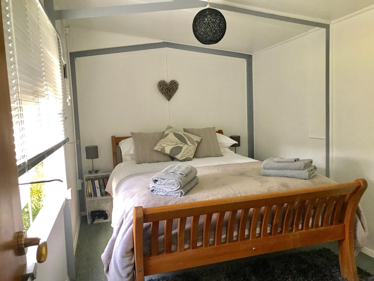 Picton Light Garden Room.JPG